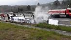 Incêndio em camião corta A4 em Vila Real no sentido Sul - Norte