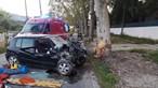 Despiste fere duas pessoas e corta estrada EN 247 em Sintra nos dois sentidos